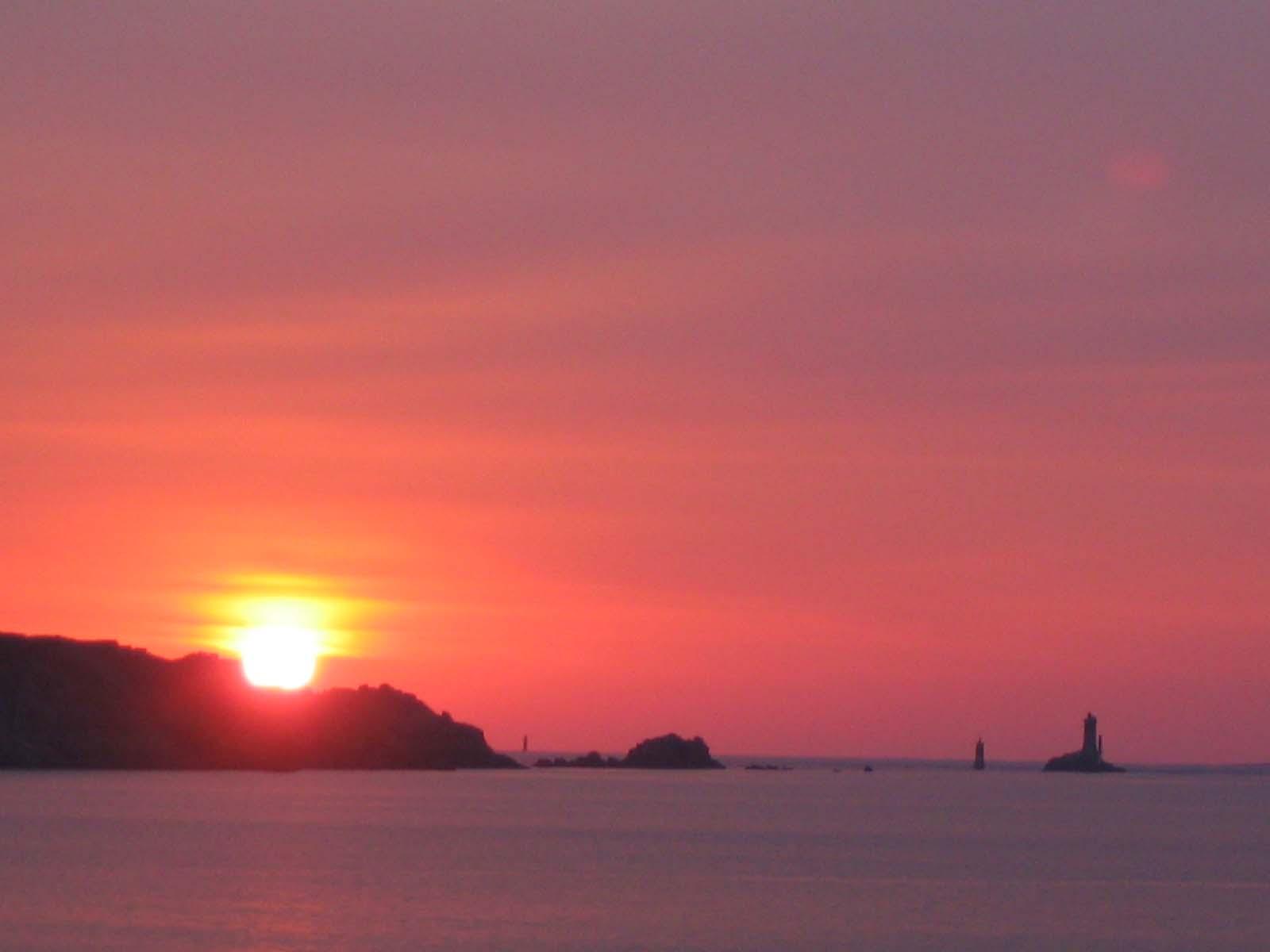 358-coucher-de-soleil-sur-la-pointe-du-raz