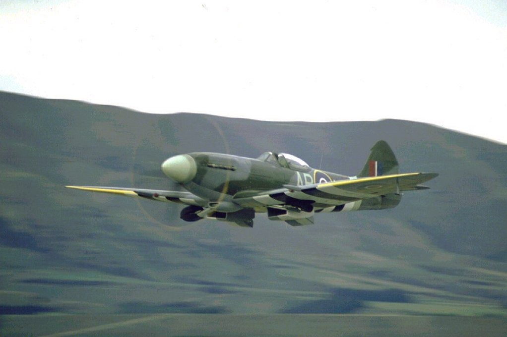 avion 85